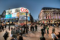 See the most popular locations in London, Greater London, England, United Kingdom to take photos. ShotHotspot maps and ranks the most popular photographic hotspots from around the world Best Places In London, Travel Album, Greater London, Photosynthesis, Magic Carpet, Photo Location, Places To Travel, United Kingdom, England
