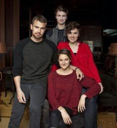 Shailene Woodley, Veronica Roth, Theo James and Ansel Elgort ~Divergent~ ~Insurgent~ ~Allegiant~