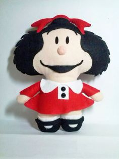 Boneca Mafalda de feltro com 30cm de altura. Tags: boneca, mafalda, feltro, felt, DIY, handmade, artesanato.