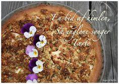 Rabarber/æble/lakrids/mazarin tærte med græskar/mandel/marcipan crumble