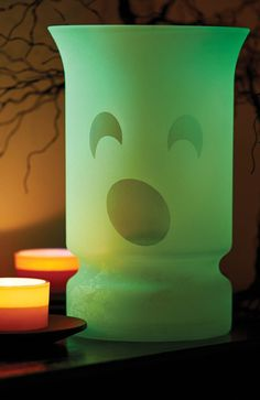 Spruce up for the season with this quick and easy Glow in the Dark Halloween Vase!