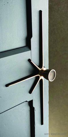 Door Pull Handles, Knobs And Handles, Door Pulls, Door Knobs, Big Doors, Cool Doors, Home Room Design, House Design, Knobs And Knockers