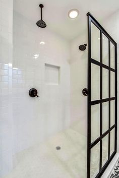 Black And White Bathroom Remodelmelisa Clement Designs In Simple Austin Tx Bathroom Remodeling Inspiration Design