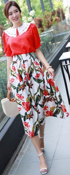 StyleOnme_Floral Print Tea Length Flared Skirt #floral #elegant #feminine #koreanfashion #kstyle #kfashion #summerlook #seoul #dailylook