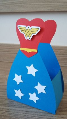 Wonder Woman Cake, Wonder Woman Party, Grad Parties, Birthday Parties, Daisy Party, Wander Woman, Hero Girl, Supergirl, Diy And Crafts