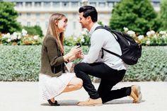 Loving this adorable proposal in Paris.