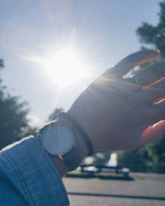 Goodmorning sunshine Profile Photography, Tumblr Photography, Profile Pictures Instagram, Instagram Story Ideas, Cute Girl Photo, Girl Photo Poses, Aesthetic Photo, Aesthetic Pictures, Girly Pictures