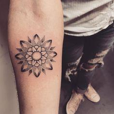 Tatuagem criada por Lucas Milk de Florianópolis.