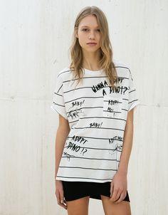 Stripes and patches dino print top - T- Shirts - Bershka Hong Kong Fashion Prints, Fashion Design, Patches, Mom Outfits, Shirts For Girls, Streetwear Fashion, Printed Shirts, Ideias Fashion, Shirt Designs