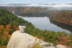 The view over Morton Bay and Whitefish Lake from Rock Dundern near Jones Falls. (Ken Watson, Rideau Heritage Route)