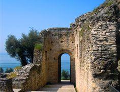 Grotte di Catullo - Sirmione - Lago di Garda #GardaConcierge