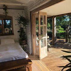 ☾𝓜𝓸𝓻𝓮 @ 𝓼𝓮𝓶𝓲𝓻𝓪𝔀𝓻𝓻☽ – Dekoration Doo … - Dream House Rooms Dream Rooms, Dream Bedroom, Bedroom Black, Dream Apartment, Aesthetic Rooms, My New Room, House Rooms, My Dream Home, Future House