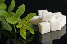 In this video, you can find out what is the best natural sugar substitute for diabetics. Sam Robbins, a health expert, recommends Blood Suga. Nectarine Smoothie, Best Sugar Substitute, Clean Eating Soup, Sugar Detox, Muscular, Natural Sugar, Strawberry Recipes, Health And Nutrition, Smoothie Recipes