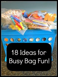 18 ideas for busy bags to keep the kids entertained! Perfect for toddlers and preschoolers! Simple, cheap, and FUN! Toddler Busy Bags, Toddler Play, Toddler Preschool, Toddler Activity Bags, Toddler Crafts, Quiet Time Activities, Preschool Activities, Infant Activities, Motor Skills Activities