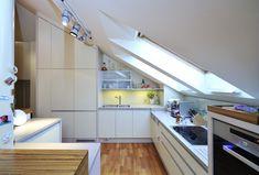 Kuchyňská linka v podkroví