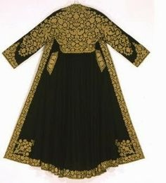 Epirus, Ottoman pirpiri, a woman's coat embellished with gold braid embroidery on wool felt. Crowned double-headed eagles appear among the foliate themes of the decoration. From Ioannina, c. Greek Traditional Dress, Traditional Outfits, Historical Costume, Historical Clothing, Costume Ethnique, Benaki Museum, Empire Ottoman, Folk Costume, Fashion History