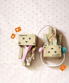 cardboard robot pattern luxury love song danbo danboard of cardboard robot pattern Danbo, Cute Love Pictures, Cute Images, Emoji Wallpaper, Disney Wallpaper, Dandelion Wallpaper, Cardboard Robot, Box Robot, Amazon Box