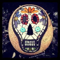 Mosaic Rocks, Mosaic Art, Mosaics, Mosaic Garden, Garden Design, Stone, Crafts, Rock, Manualidades