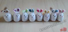 Egyszerű és gyors, vidám és kedves horgolt nyuszis tojástakaró minta a Kreatív+Hobby-tól. Happy Easter, Baby Shoes, Christmas Ornaments, Holiday Decor, Kids, Happy Easter Day, Toddlers, Boys, For Kids
