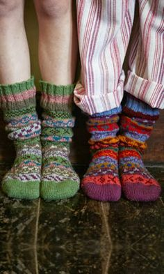 Knit some socks! How to have a wonderful time in fall with this top 10 guide. From decorating your home, to knitting cosy socks, there are plenty of things you can do to make Autumn the best season! Cozy Socks, Red Socks, Slipper Socks, Material Girls, Look At You, Looks Cool, Mode Style, Knitting Socks, Knit Socks
