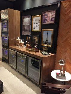 Home Bar - Bar em casa Mini Bars, Home Office Design, House Design, Bar Sala, Coffee Room, Interior Decorating, Interior Design, Tasting Room, Trendy Home