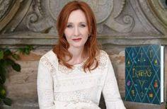 """J.K.Rowlingová: """"Týmto príbehom som chcela deťom uľahčiť lockdown."""" Lace, Women, Fashion, Moda, Fashion Styles, Racing, Fashion Illustrations, Woman"""