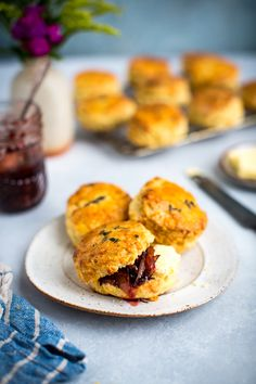 Move over dinner rolls, these savoury scones need to feature on your next dinner menu. They go perfectly with soups and stews or served simple with butter and Cheese Scones, Savory Scones, Raspberry Scones, Blueberry Scones, Cheddar Potatoes, Onion Relish, Dinner Rolls, Cheese Recipes, Salad