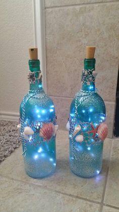 Recycled Glass Bottles, Glass Bottle Crafts, Wine Bottle Art, Lighted Wine Bottles, Diy Bottle, Bottles And Jars, Led Bottle Light, Bottle Lights, Painted Jars