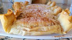 Pastéis de maçã e nozes Portuguese Recipes, Portuguese Food, Pound Cake Recipes, Food Cakes, Dessert Recipes, Desserts, Coffee Break, I Love Food, Food Inspiration
