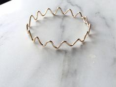 Zig Zag Gold Bangle Everyday Minimalist Jewelry Gold Tone Bracelet Wavy Bangle Cufs Bridesmaid Gift