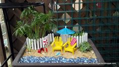 A bit of the beach, in mini garden form! by Irene Stenger via Miniature Garden Shoppe