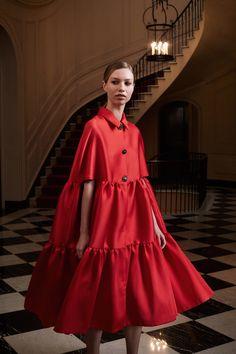 Lela Rose Resort 2020 Fashion Show Lela Rose Resort 2020 Collection – Vogue 2020 Fashion Trends, Fashion 2020, Look Fashion, Runway Fashion, Fashion Show, Womens Fashion, Fashion Design, Fashion News, Spring Fashion