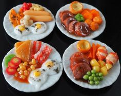 DOLLHOUSE MINIATURE 4 PLATES FOOD BREAKFAST DINNER HAM BACON EGG TOMATO DECO NEW