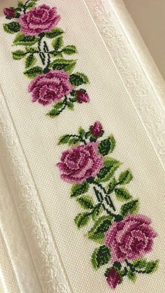 1 million+ Stunning Free Images to Use Anywhere Mini Cross Stitch, Cross Stitch Heart, Cross Stitch Borders, Cross Stitch Flowers, Cross Stitch Designs, Cross Stitching, Cross Stitch Embroidery, Embroidery Patterns, Hand Embroidery
