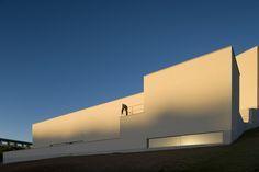 52 obras de Álvaro Siza en el día de su cumpleaños,ISQ Headquarters | Tagus Park – 2008. Image © Fernando Guerra | FG+SG