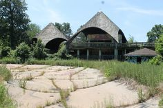 Belle Isle – The Abandoned Zoo – Detroit, Michigan - Pretty sure this is a backdrop in one of my dreams