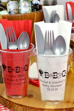 Back Yard Baby Shower Idea - The perfect addition to a backyard baby shower or Baby-Q, enhance your drink station or bar with clear disposable soft plastic cups personalized with a cute and festive baby shower design and your own custom text. Fotos Baby Shower, Baby Q Shower, Baby Shower Vintage, Baby Shower Gender Reveal, Baby Shower Parties, Baby Shower Themes, Baby Shower Gifts, Shower Ideas, Baby Shower Barbeque