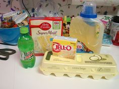 Paula Deen Lemon Pound Cake | lemon cake mix lemon pudding oil eggs and mountain dew