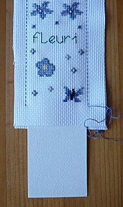 Petit tuto marque-page + Kühlergrill - Les échevettes de Val, Cross Stitch Bookmarks, Cross Stitch Patterns, Book Markers, Le Point, Book Crafts, Tutorial, Cross Stitching, Embroidery Stitches, Blog