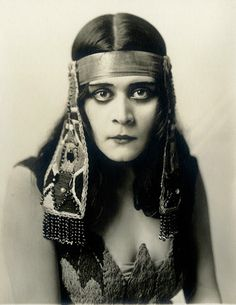 Theda Bara, in Cleopatra , c.1917   photo by Witzel