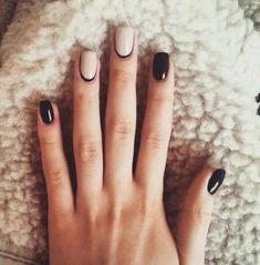 Opting for bright colours or intricate nail art isn't a must anymore. This year, nude nail designs are becoming a trend. Here are some nude nail designs. Black Manicure, Beige Nails, Manicure Colors, Dark Nails, Red Nails, Nail Colors, Manicure Ideas, Black And Nude Nails, Black Polish