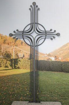 Grabkreuze aus Schmiedeeisen, Bronze oder Edelstahl. - Steinmetz Peter Hillebrand Abler aus Südtirol