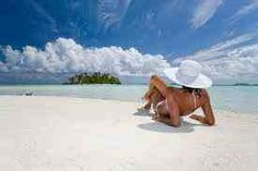 Take a tropical vacation French Polynesia, Summer Beach, Summer Fun, Caribbean, Places To Go, Surfing, Swimming, Ocean, Surf