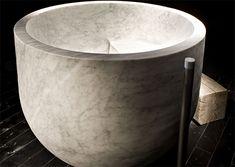 Diseño de Bañera de Marmol, Elegancia y Lujo