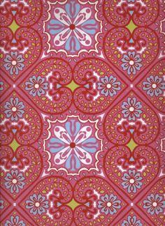 Tapete Oriental Panels col.12   Barock Tapete in den Farben rot - blau - grün - weiss   Grundton rosa