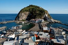 In Ischia, Italy, Cooking Is Done in the Sand, Not the Stove - The New York Times Italy Travel, Us Travel, Places Around The World, Around The Worlds, Wine Safari, Italian Life, City Scene, Future Travel, Amalfi Coast