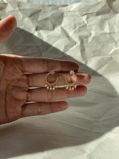 Dainty Jewelry, Cute Jewelry, Jewelry Sets, Gold Jewelry, Gold Ring Designs, Gold Earrings Designs, Small Earrings, Cute Earrings, Fashion Earrings