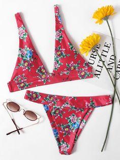 ¡Consigue este tipo de bikini de SheIn ahora! Haz clic para ver los detalles. Envíos gratis a toda España. Flower Print Plunge Bikini Set: Red Bikinis Sexy Vacation Polyester NO Floral Print Swimwear. (bikini, bikini, biquini, conjuntos de bikinis, twopiece, bikini, bikini, bikini, bikini, bikinis)