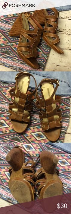 MAX STUDIO LEATHER SANDALS/SHOES Pretty sandals with a strap around the ankle and a chunky heel. No problems. Normal wear to soles Max Studio Shoes Sandals