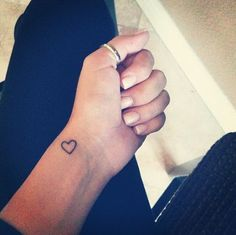 Small And Simple Wrist Tattoos For Women | How to Tattoo?